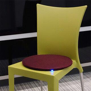 """座席に人がいるかがわかる""""スマート座布団""""、iBeaconで空席案内などに活用"""