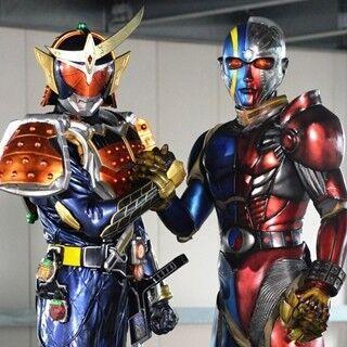 仮面ライダーとキカイダーが初共演! 5/18『鎧武』に石ノ森2大ヒーロー並び立つ