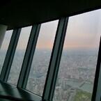 東京スカイツリー内部を公開! 地上450mの眺め&空中のエンタメ空間を楽しむ