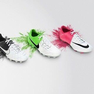 EURO 2012に向け、新スパイク「ナイキ クラッシュ コレクション」発表
