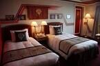 部屋いっぱいに広がるガンダムの世界 - ホテル グランパシフィック