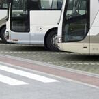 関越道高速ツアーバス事故を受け国交省が調査、法令違反の事業者は8割以上