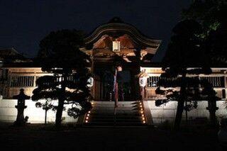 広島県、広島駅周辺七社寺で千本のろうそくをともし平和を祈る