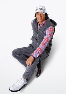 石川遼プロや若林舞子プロが着用する秋冬ゴルフウェアを発売 - ヨネックス