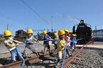 約50トンのSLと人間が綱引きで勝負!「SLフェスタ2012」静岡県島田市で開催
