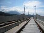 今年で最後! 新潟県糸魚川市で北陸新幹線高架橋を歩く特別な体験ができる
