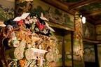 東京都目黒区の目黒雅叙園、百段階段にパワーストーンなど開運アイテム160点