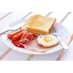 フランス、北京、カンボジア…世界の「朝ご飯」のお値段は?