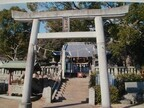 桃太郎と家来の墓も! 桃太郎神社の本家は香川県高松市にある