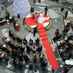 香川県高松市で、広く市民に結婚を誓う「市民結婚式」 - 大西市長も参列