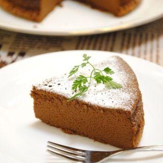 卵とチョコだけでつくる「チョコレートケーキ」、オーブンも不要!