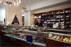 東京都・銀座に、オーストリア王室御用達のスイーツブランドのカフェが登場