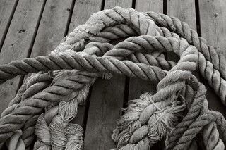 「縄を知っている(Know the ropes)」ってどういう意味?【知っているとちょっとカッコいい英語のコネタ】