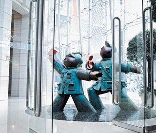 こんなホテル見たことない! 博物館風な空間で遊び心満載のおもてなし