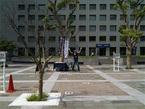 【突撃!COBS】品川駅にリヤカーを引いた物売りが出没! 何を売ってるの?