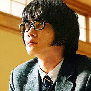 神木隆之介、真剣な眼差しで対局に - 『3月のライオン』場面写真5点公開
