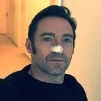 ヒュー・ジャックマン、皮膚がん再発 - 除去手術をツイッターで報告