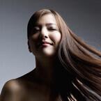 女性ホルモンが減ると髪のコシやハリはどうなる? - 専門医が解説