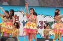 NMB48山本彩の歌声が沖縄に響く!「365日の紙飛行機」披露にファン感激