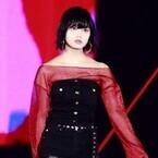 欅坂46平手友梨奈、クールなランウェイで魅了!「かっこよすぎる」の声