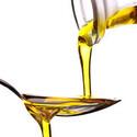 糖質オフダイエットを効率化! 中鎖脂肪酸100%の「MCTオイル」とは?