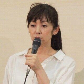 斉藤由貴、不倫報道への夫の反応は?「怖くてまだ聞けてない」