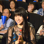 土屋太鳳、シースルー衣装で大人の魅力 - 主演作に全力で真摯なアピール