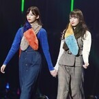 欅坂46渡辺梨加、TGCデビュー! 渡邉理佐と手つなぎランウェイ