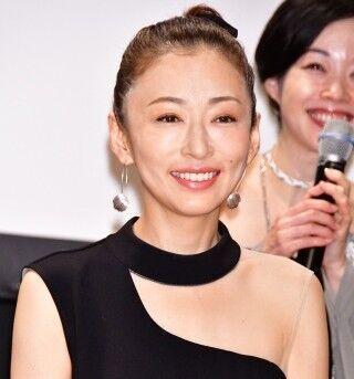 松雪泰子、主演舞台『この熱き私の激情』は「非常に集中力が必要な作品」