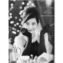 山崎紘菜のオードリー・ヘップバーン風写真に「お美しい」と絶賛の声