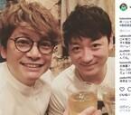 香取慎吾、親友・山本耕史との乾杯2ショットに反響「素敵なコンビ」