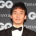 草なぎ剛「人生って転んでも…」『GQ』アワード受賞に感激