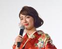 平祐奈、赤の振袖姿で美しい涙 『みせコド』サプライズ映像に感動