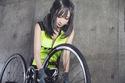 ロードバイクシュミレーターを備えたサイクルフィットネスバーがオープン