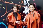 三宅健&滝沢秀明、「KEN☆Tackey」でCDデビュー&CM! 会見で恋人つなぎ