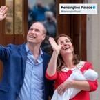キャサリン妃、出産後7時間で退院 第3子抱いた夫婦ショット公開