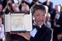是枝裕和監督『万引き家族』カンヌ最高賞「さすがに足が震えています」