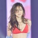 中村アン、赤ビキニで美ボディ披露「露出高め、失礼しました!」