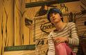"""吉沢亮、青髪が美麗すぎ&動きが猫すぎる""""擬人化""""場面写真"""