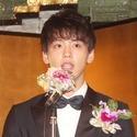 竹内涼真、橋田寿賀子から「素敵な坊や」- 初対面でさわやかに自己紹介