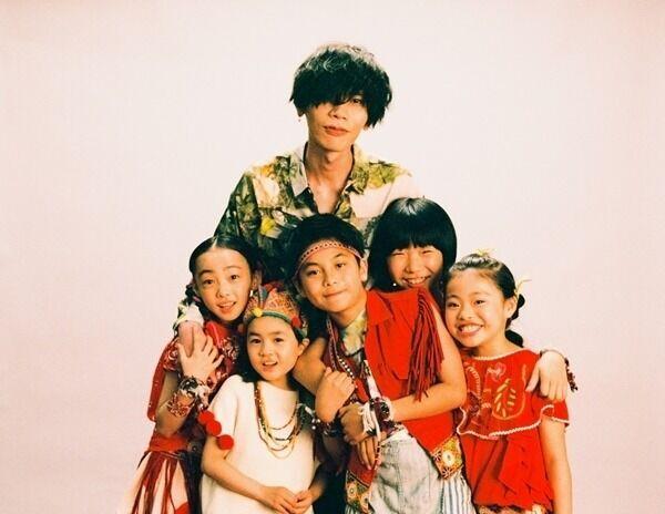 米津玄師、子供たちへの祝福を願った「パプリカ」誕生秘話