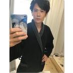 稲垣吾郎、バスローブ姿で主演舞台終了に感謝「愛する人々との夏の想い出」