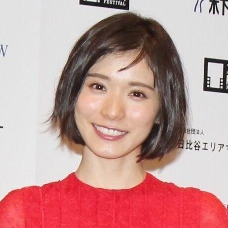 松岡茉優、赤いドレスで美脚見せ 東京国際映画祭アンバサダーに就任