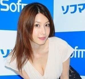 小林恵美、芸能界引退を発表「やりきった」 ファンから激励と惜しむ声
