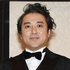 新井浩文の友人・ムロツヨシがツイート「この時に呟かないような関係では…」