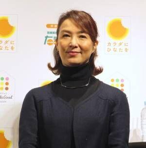 """河野景子、健康の秘けつは""""四股立ち""""「プロに習いました」と笑顔"""