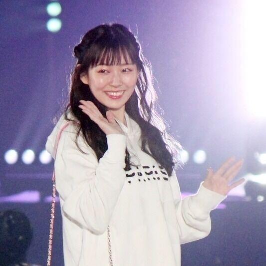 元NMB48渡辺美優紀、関コレ初MC! モデルとしてランウェイも彩る