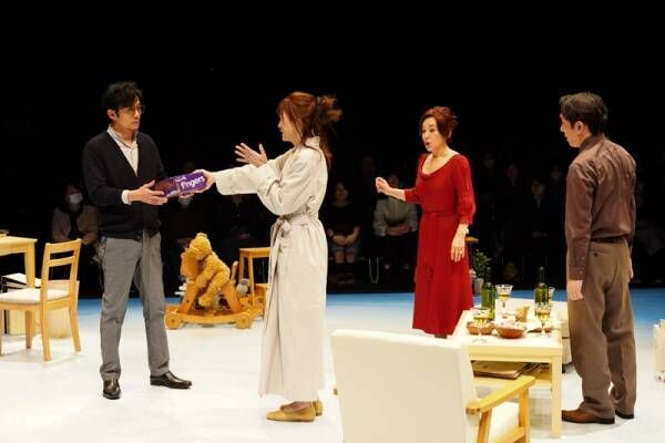 大竹しのぶ、稲垣吾郎ら13年ぶりメンバーの舞台開幕で「楽しい笑いを」