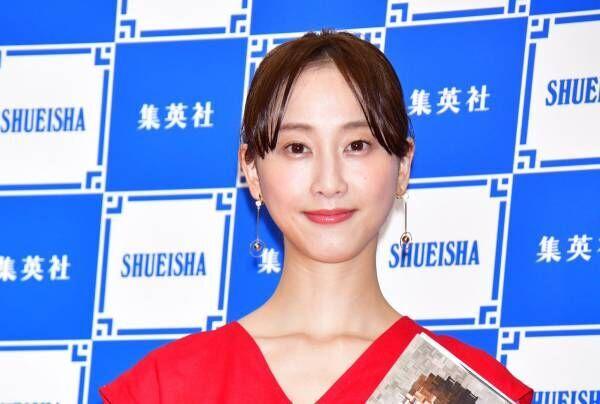 松井玲奈、小説家デビューで文学賞に意欲 次回作も「1年以内に」