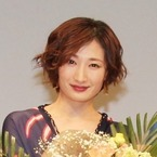 武田梨奈、ショートヘア姿で舞台挨拶「映画作りっていいな」